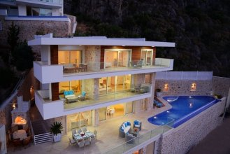 Villa Sedali by Akdenizvillam