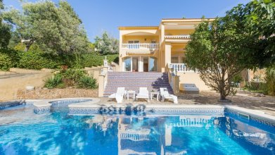 House - 3 Bedrooms with Pool and Sea views - 108029