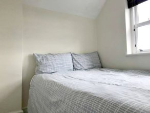 2 Bedroom Flat in Battersea Near Clapham Common