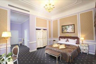 Гранд-отель Александровский, Владикавказ