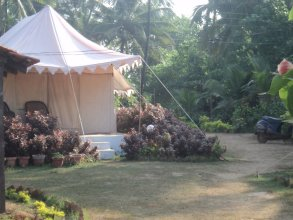 Five Five Restaurant and Guest Tent