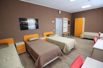 Guest House on 16-ya Parkovaya 17s1
