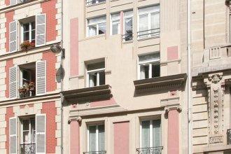 Bridgestreet Champs Elysees