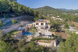 Luxury Villa Near Ibiza Town Sleeps 22 - Villa Sol