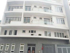 M-H Apartment Hotel
