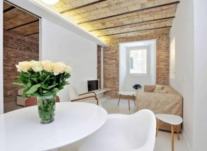 Charming flat near Colosseum