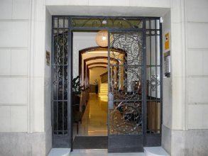 Mercedes Heritage Best Barcelona Apartments