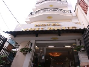 Nhu Phuc Hotel