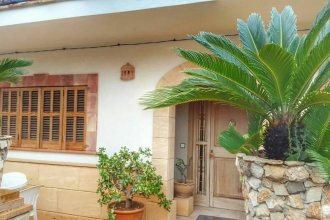 House With 3 Bedrooms in S'illot-cala Morlanda, With Furnished Terrace