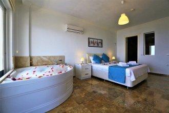 Villa Naz by Akdenizvillam