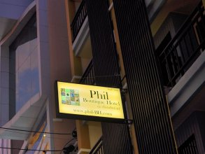 Phil Boutique @ Sansabai