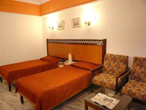 Hotel Karan