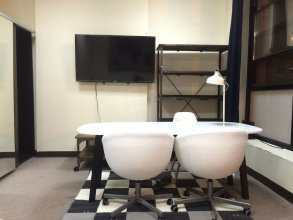 Bryant Park Studio Apartment next to Times Square