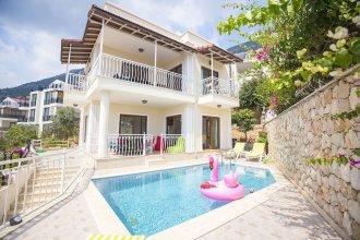 Villa Asma by Akdenizvillam