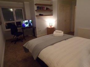 3 Bedroom Penthouse - City Centre Suites
