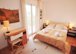 HomeHolidaysRentals Apartamento Light - Costa Barcelona