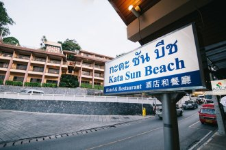 Kata Sun Beach Inn.