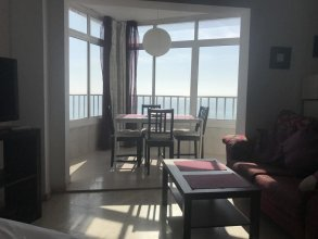 Studio in Torremolinos, With Wonderful sea View, Pool Access and Wifi