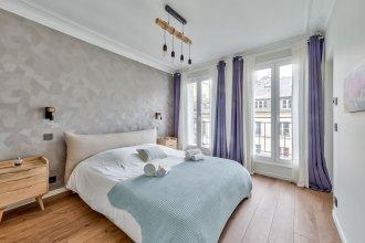 Splendid 3 Bdrs Flat In A Prime Location Of Paris