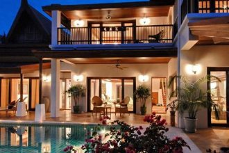 7 Bed Beautiful Beach Front Villa