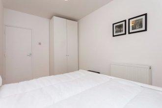 3 Bedroom Flat next to Victoria Park Sleeps 6