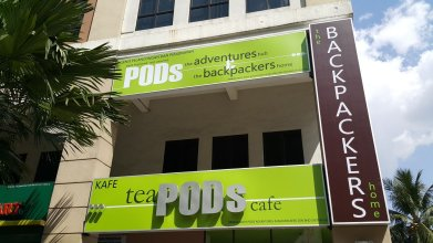 PODs The Backpackers Home & Cafe