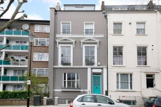 3 Bedroom Notting Hill House With Balcony