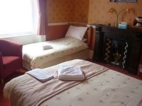 Ashwood Grange Hotel - B&B
