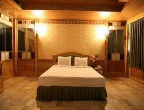 Hotel 13 Coins Resort Bang Na