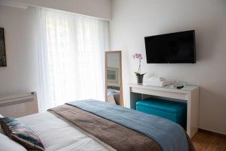 Katia Modern Apartment in Athens by VillaRentalsgr
