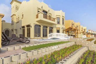 Bespoke Residences-Luxury Frond A Villas