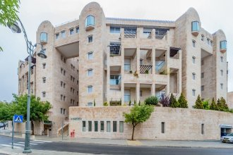 Sweet Inn Apartments- King David Crown