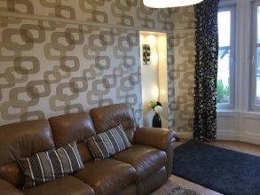 Great location 1 Bedroom Scotstoun Flat