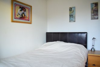 2 Bedroom Flat in North London