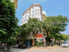 OYO 437 Van Xuan Hotel