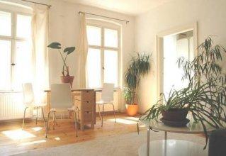 Brunnen Apartments - Engelfittich