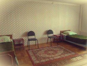 Guest House on Vologodskiy 5