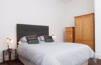 Cozy 1-bed Flat in Stockbridge Sleeps 4