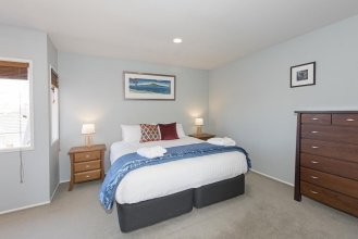 Large Mission Bay Apmt - Perfect Location!!