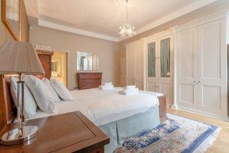Spacious South Kensington 1 Bedroom Apartment