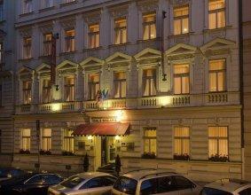 Mala Strana Apartments