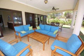 Mai Tai Villa, 4BR by Jamaican Treasures