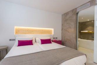 One Ibiza Suites
