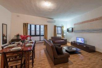 Getawaysmalta - Fleur 3-bedroom Apartment in Sliema