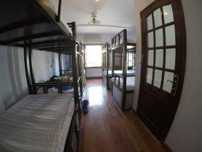 OYO 739 Bubba Bed Hostel
