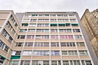Charming 3 Room Apartment - Paris