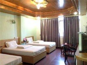 Qingyuan Yingdeqiaofeng Hotel