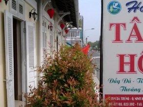 Tay Ho Hotel