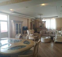 Apartment 3 rooms 6 Bakuvi