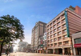 Green World Triplebeds Hotel